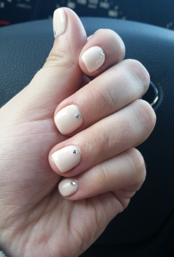 Un kas ir tērps bez laba manikīra? Es saku, ka nekas, tāpēc liels paldies Kichy Kuko meitenēm par maniem balles nagiem. :) *** And what is an outfit without a good manicure? I say nothing! So that is why I want to send all the thanks to lovely girls from Kichy Kuko  for making my nails look party perfect. :)